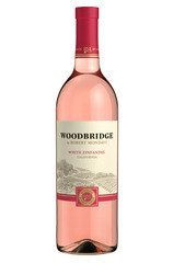 Woodbridge White Zinfandel bottle