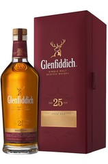 Glenfiddich 25 Year bottle and box